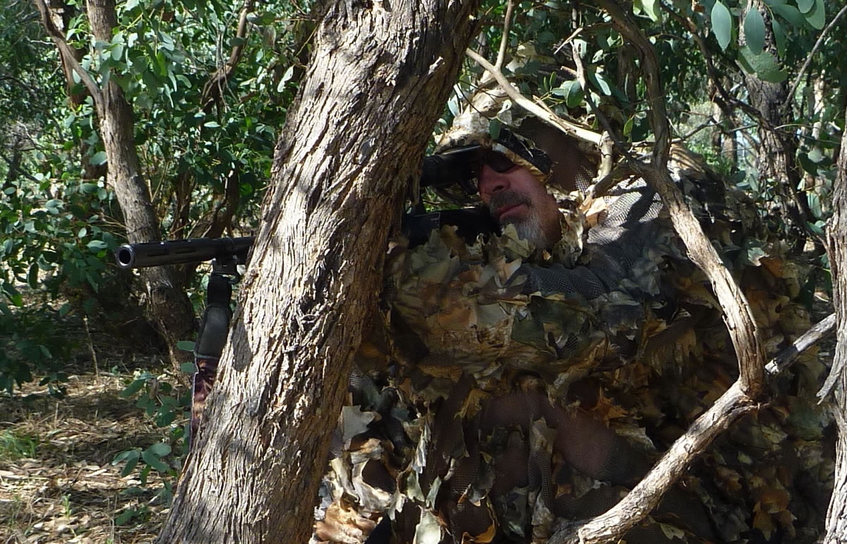 H1 Camo gear darting ambush closeup